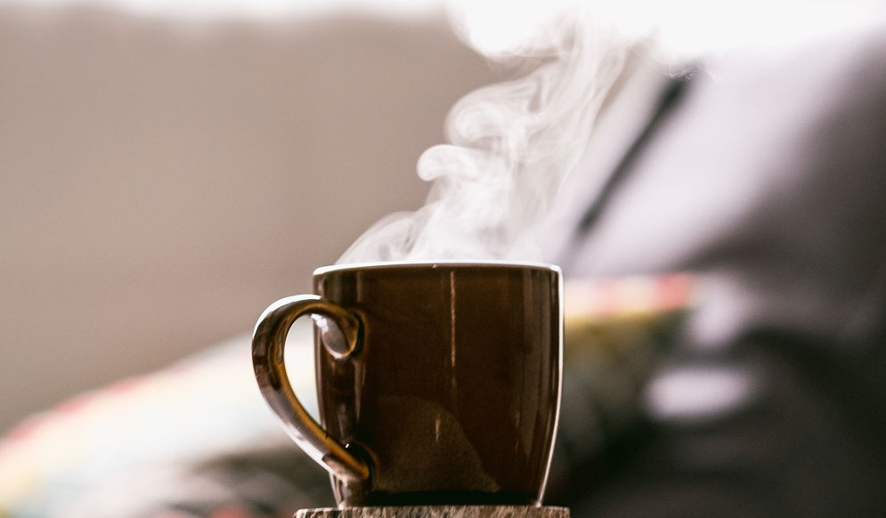 hot-cup-of-tea-to-treat-asthma-attack-symptoms